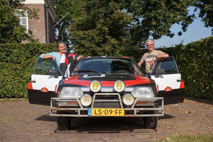 Jacobine en Kees Kamp uit Langeweg gaan in januari met hun Citroën CX de Dakar Classic rally rijden.
