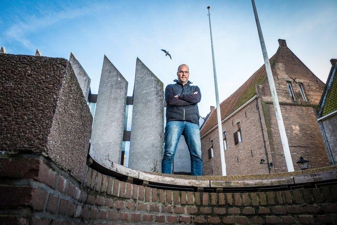 Na een onrustig seizoen in Amerika is Gerard Nijkamp weer even terug in Zwolle, waar hij jarenlang werkzaam was voor PEC als technisch directeur.