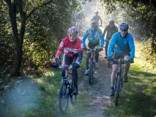 Dit weekeinde lange slierten mountainbikers op en rond Het Lageveld