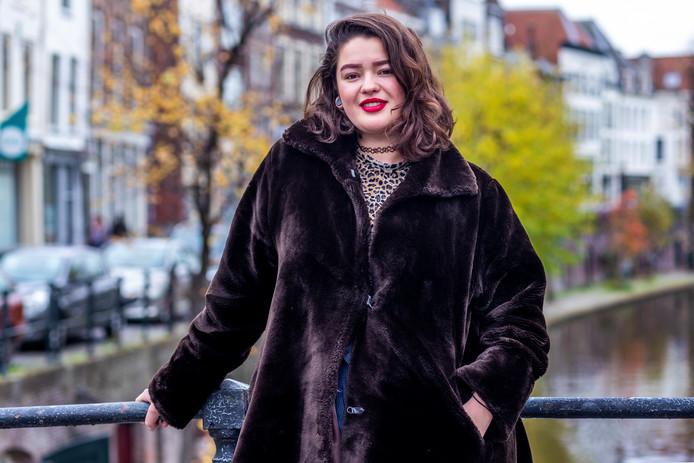 Zangeres Marloes Bravo Rebolledo-Luz (23) vertegenwoordigt het COC Midden-Nederland op het COC Songfestival.