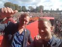 Jan van de Ven (rechts) en Thijs Roovers kregen op 5 oktober 2017 meer dan 60.000 boze leerkrachten naar het Zuiderpark in Den Haag, de grootste onderwijsstaking ooit.