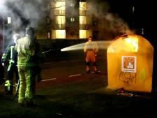 Weer is het raak: zesde containerbrand in 24 uur tijd in Enschede