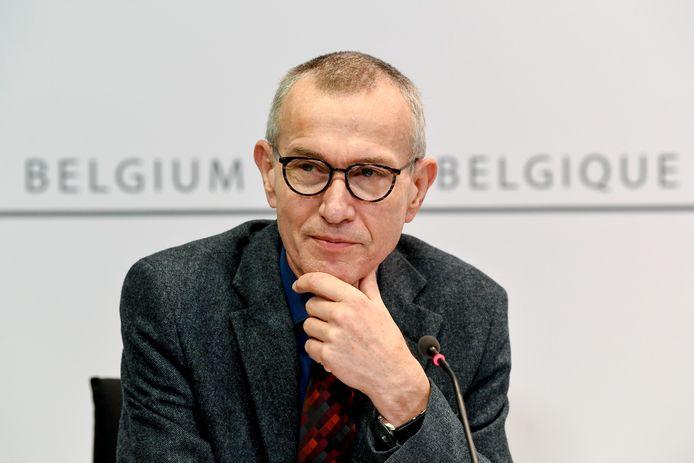 Frank Vandenbroucke, ministre de la Santé. Près de 70% des Belges ont une confiance très faible ou faible envers les autorités.