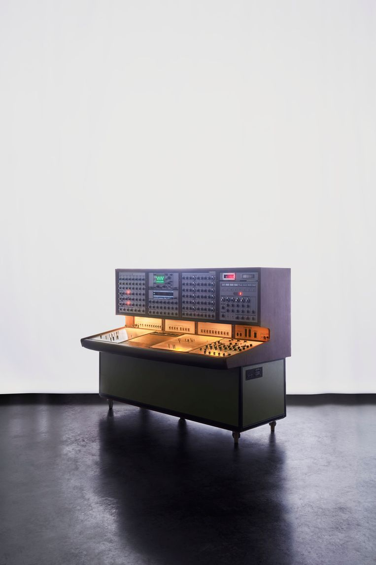 De EMS Synthi 100. Beeld RV Soulwax