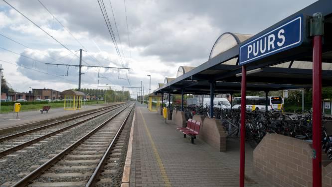 NMBS houdt stationsgebouw open en zet stewards in