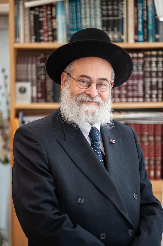 Opperrabbijn Jacobs (71) heeft regelmatig te maken met Jodenhaat.