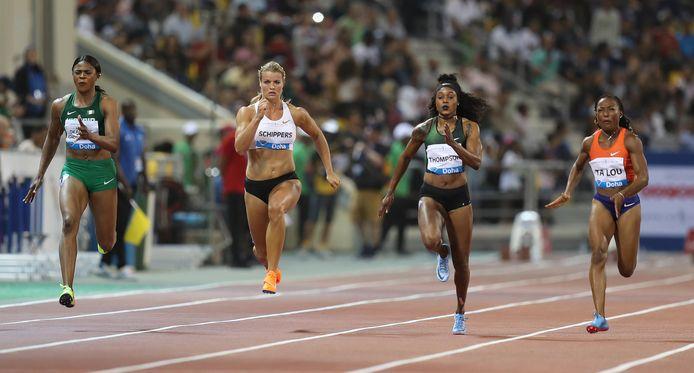 Dafne Schippers (tweede van links) moest vrede nemen met de zesde plaats op de 100 meter.