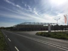 Bouw stilgelegd van loods containerhaven Budel-Dorplein: 'Loods had er niet mogen staan'