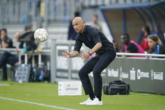 Thomas Letsch zoekt de aanval met Vitesse.