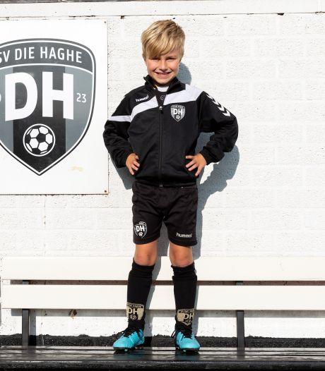 Gijs (8) had als baby'tje een hartafwijking en loopt nu 20 kilometer voor zijn lotgenootjes