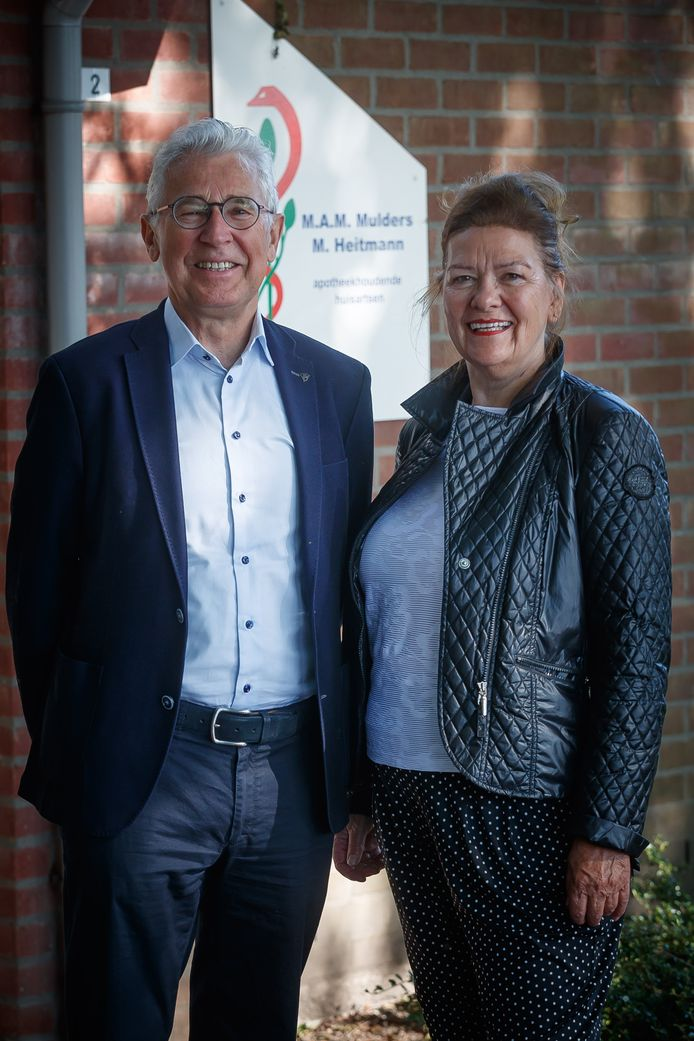 Huisarts Rinus Mulders met echtgenote Angèle.