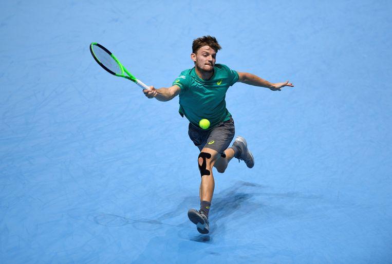 ► Goffin reikt naar een verre bal. Ondanks een sterke match trok hij net aan het kortste eind. Beeld Action Images via Reuters