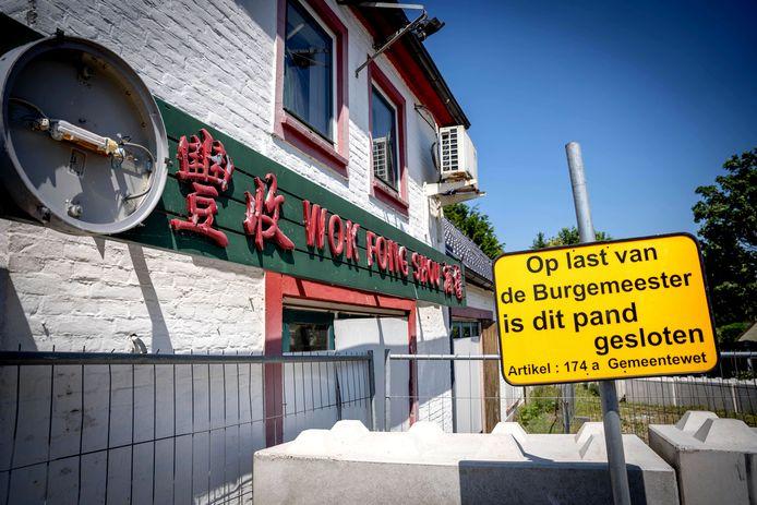 10-06-2021 | EWIJK Bij wokrestaurant heeft gisteravond brand gewoed. Men verwacht dat het aangestoken is | dgfoto | editie Maas en Waal Foto Eveline van Elk