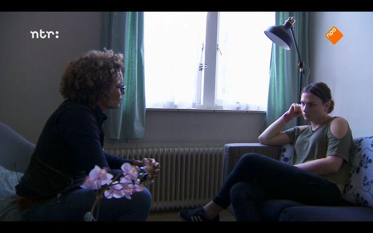 Lucia Rijker in gesprek met Jade over het 'hij' zeggen Beeld Maaike Bos