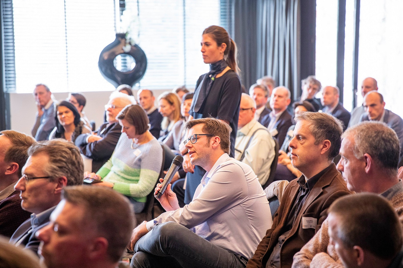 De twee infomomenten rond de Oosterweelwerken van Voka werd bijgewoond door 300 bedrijfsleiders.