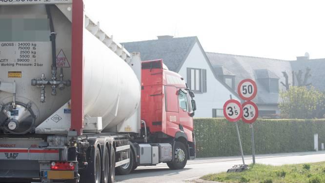 Vrachtwagensluis moet zwaar verkeer uit Schapendries houden