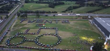 Honderden trekkers aanwezig bij boerenprotest in Hengelo