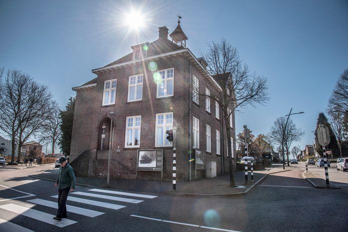 De verbouwing van de pastorie op de hoek van de Pannenstraat en Kloosterstraat gaat niet door.