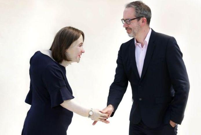 Gedragsdeskundige William Higham met 'collega van de toekomst' Emma.