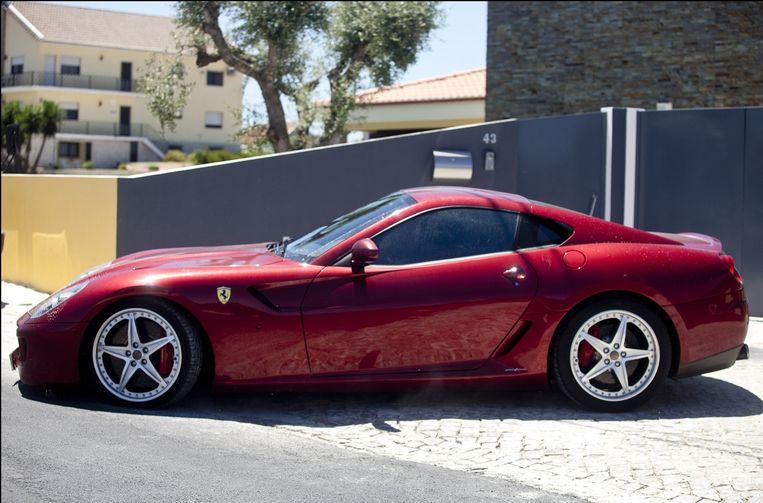 Een van de Ferrari's van Cristiano Ronaldo Beeld PHOTO_NEWS