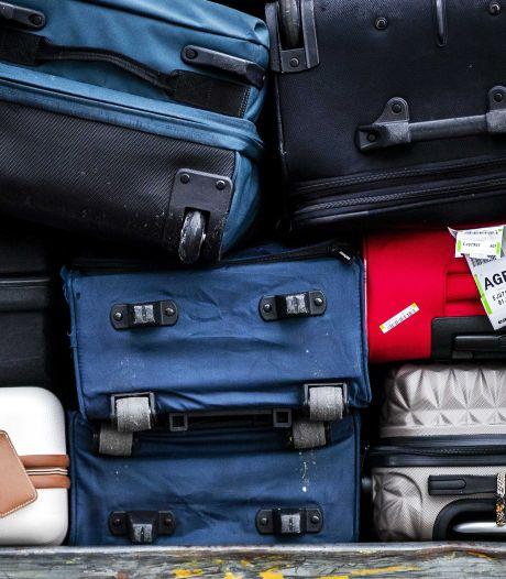 Ook personeel in bedrijfsleven kan salaris mislopen bij reis naar buitenland: 'Niet terug kunnen is voor eigen risico'