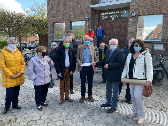 Beweging.net klaagt het tekort aan huisartsen aan in Zandvoorde in Oostende.