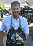 Paul Melis met ceviche van zeebaars.