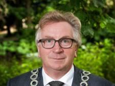 Koninklijke onderscheiding voor scheidend burgemeester Geert van Rumund
