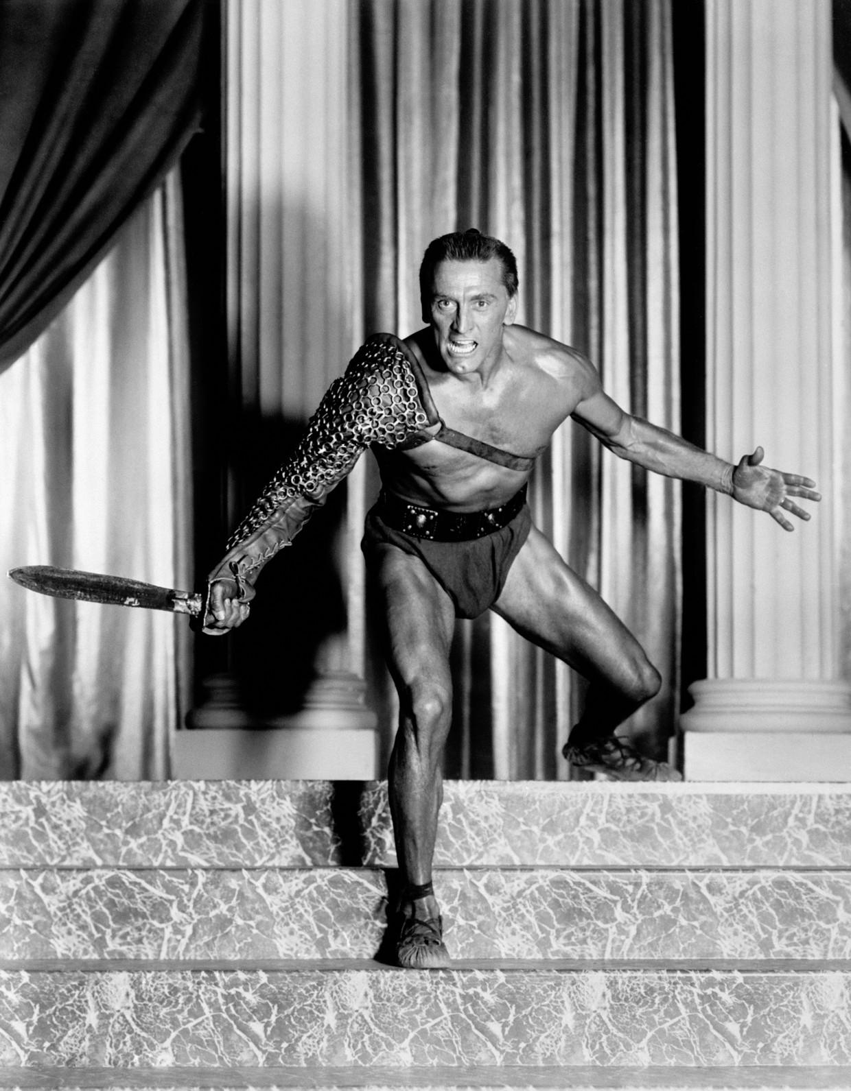 Kirk Douglas in zijn glansrol als Spartacus, in de gelijknamige film uit 1960.