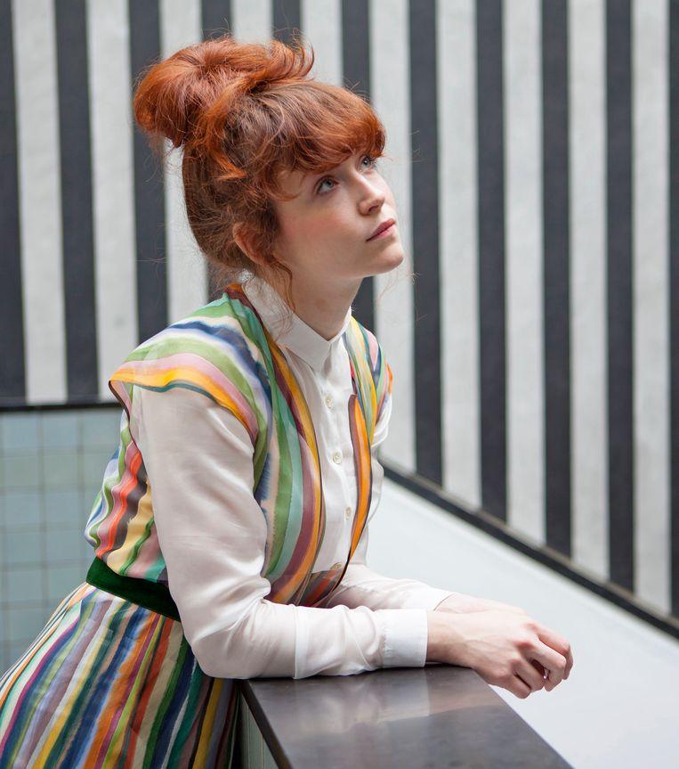 Kunstenaar Puck Verkade in 2013. Beeld Gemeentemuseum Den Haag