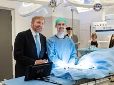 Van serveerrobot tot elektronische neus bij e-healthweek in ziekenhuizen, Roessingh en UT