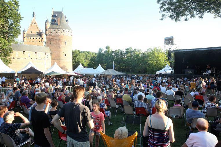 De Kasteelfeesten in Beersel vonden zaterdag plaats in een blakende zon.