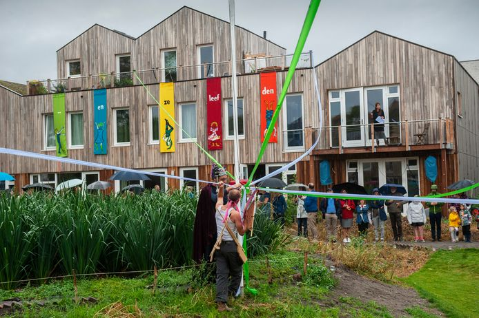 Openingsact CPO-project (duurzame woningen) in de wijk Boschveld in Den Bosch.