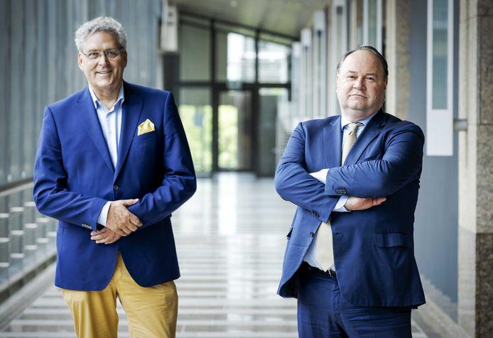 Henk Krol (links) en Henk Otten (rechts) toen ze hun samenwerking aankondigden binnen de Partij voor de Toekomst
