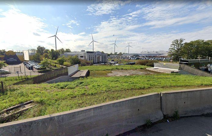 De ontbrekende tak van de rotonde wordt momenteel aangelegd.