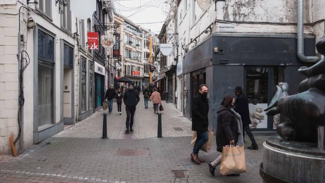 """Unizo Limburg reageert op 'mogelijke sluiting van niet-essentiële winkels': """"Stop paniekzaaierij"""""""
