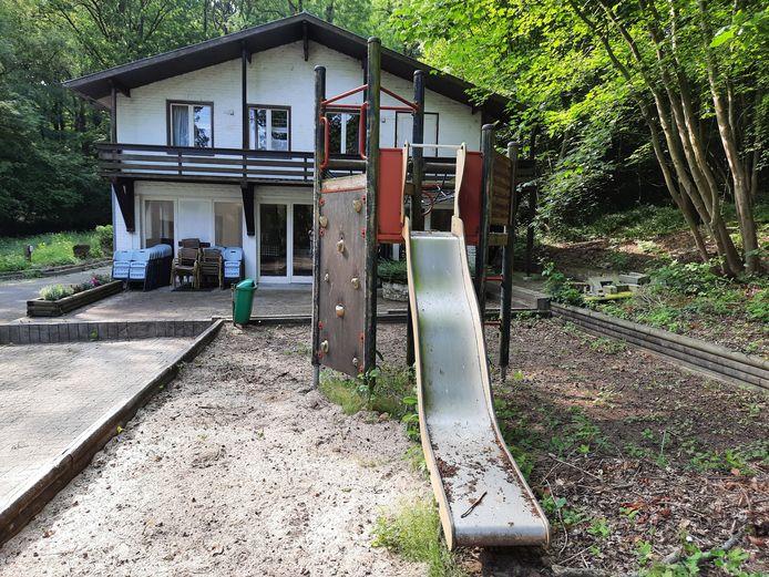 Villa Vogelsanck, waar heel wat mensen uit de streek mooie jeugdherinneringen aan overhouden, wordt verkocht.