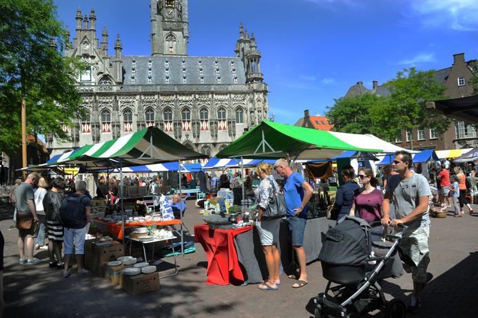 De markt in Middelburg.