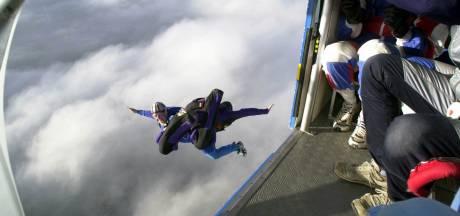 Britse militair knoeide met parachute om vrouw uit de weg te ruimen