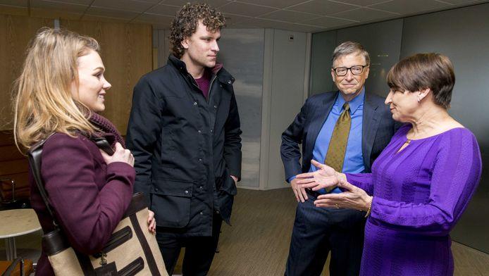 Rosanne van Kleef en haar partner Rik van Dueren den Hollander werden door minister Ploumen plots aan Bill Gates voorgesteld.