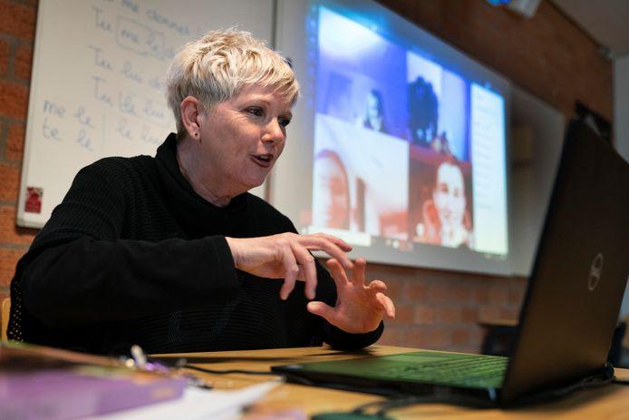 Herma van Gelderen introduceerde de escaperoom op de Waalwijkse school. Ze leende het spel met toestemming van een collega in het land.