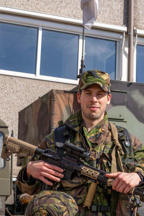 De hele week zwaarbewapende soldaten te zien in Helmond
