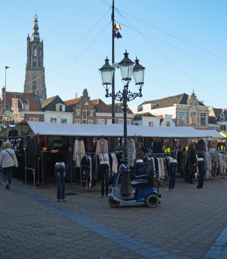 Gemeente wil fietsenkelder onder de Hof