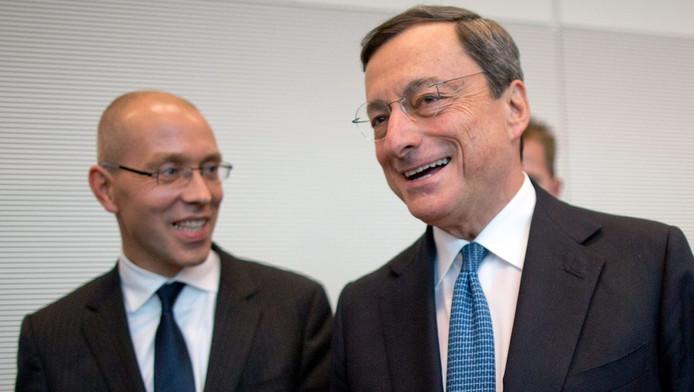 De Duitse ECB-bestuurder Jörg Asmussen (links) naast ECB-president Mario Draghi