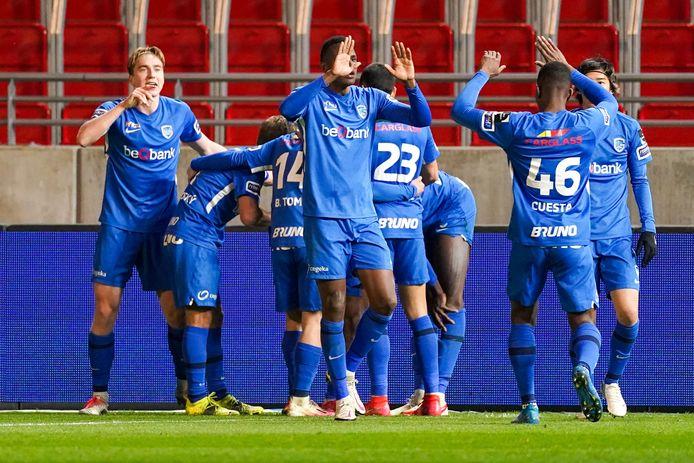 Genk klopte Antwerp na een spektakelstuk met 2-3 op de Bosuil.