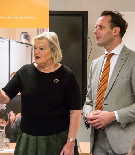 Staatssecretaris prijst Harderwijkse aanpak overlastgevende azc'ers: 'Voorbeeld voor andere plaatsen'