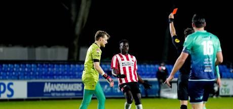 Tien man Excelsior in blessuretijd onderuit bij Jong PSV
