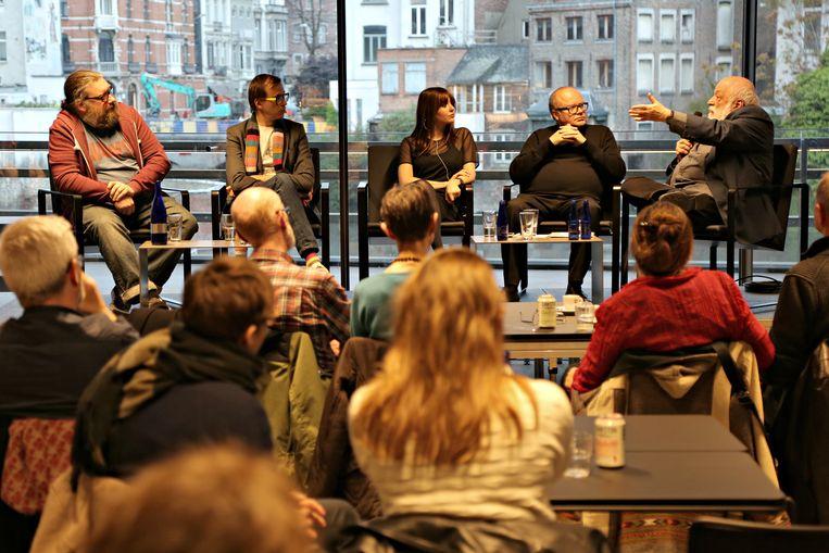 Het panel van de tweede Film Fest Gent Talkies: Steven Tuffin, Ben Van Alboom, Britt Valkenborghs, Patrick Duynslaegher & Pierre Drout Beeld Tom Christiaens