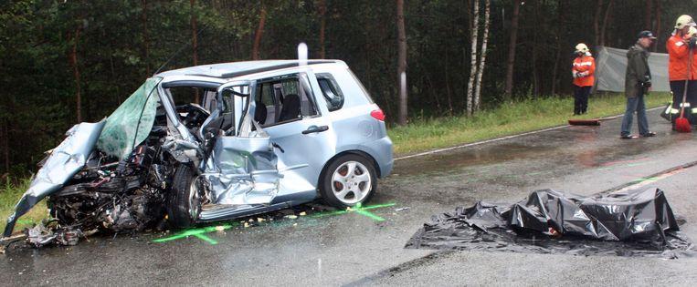 Duitse Politie Vindt Lijk Van Naakte Vrouw In Koffer Na Auto Ongeval De Morgen
