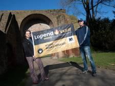 Leanne uit Zutphen organiseert wake voor humaan migratiebeleid: 'Door corona weten we een klein beetje hoe een uitzichtloze situatie voelt'